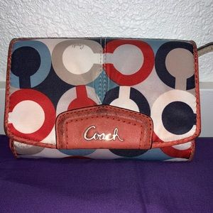 Pre-loved Coach wallet.